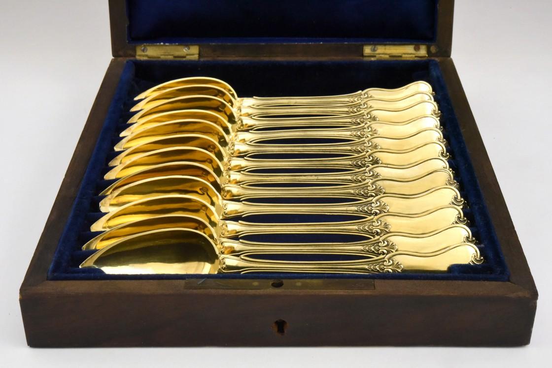 12 srebrnych, złoconych łyżeczek deserowych, Paryż