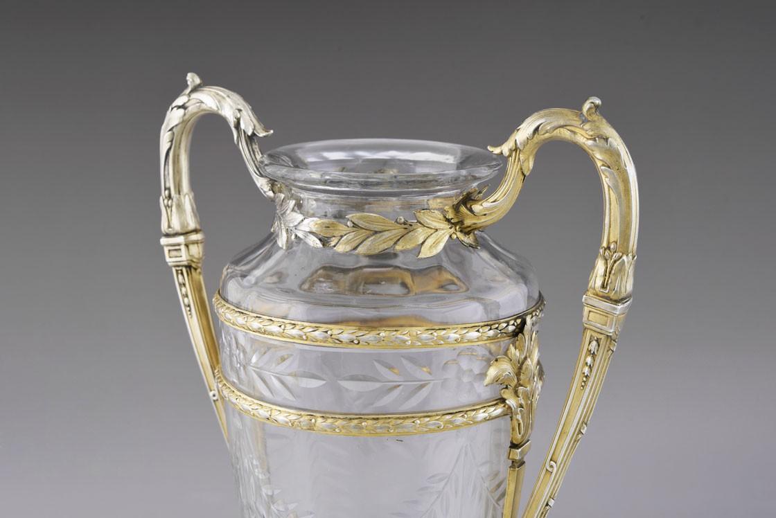 Neoklasycystyczny wazon w srebrnej, złoconej oprawie, Paryż