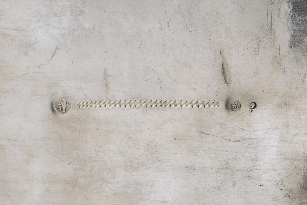 Cukiernica skrzynkowa z kluczykiem, Biedermeier, Berlin